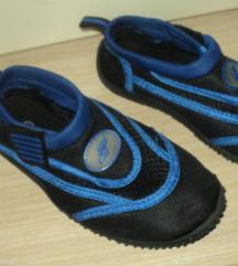 Sandale za more