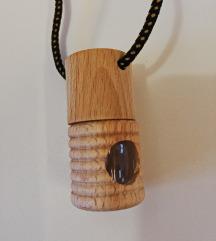 Nova drvena rezbarena kutijica - POKLANJAM