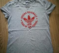 Adidas nova majica..M/38