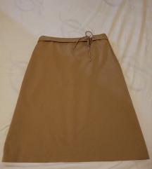 More & More suknja