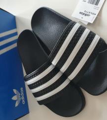 Adidas adilette 39