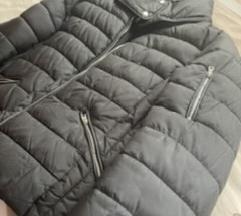 Zara kratka zimska jakna
