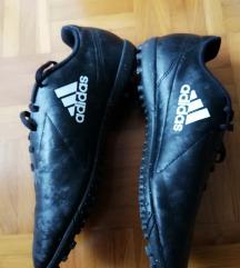 NOVO, Adidas za nogomet 40