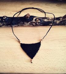 Makrame ogrlica