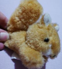 Plišanac vjeverica Poklon