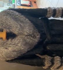Krznena Bunda (Crne Sibirske Lisice)