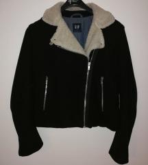 GAP jakna = SADA 170KN
