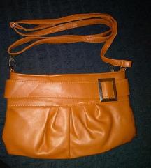 Poklon uz kupnju nova smeđa torbica
