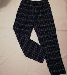 H&M plaid hlače vl. 38