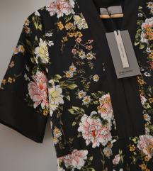 Cvjetna Vero Moda haljina