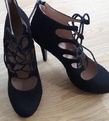 Cipele, štikle, gamoš, crne