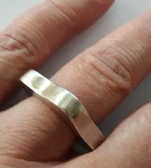 925 dizajnerski prsten