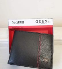 Guess novcanik-idealan poklon za Valentinovo