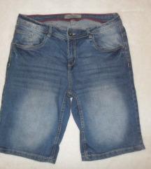 kratke traper hlače vel. 40