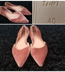 Predivne H&M roze elegantne balerinke