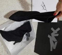 Xyz sock boots plaćene 1400%