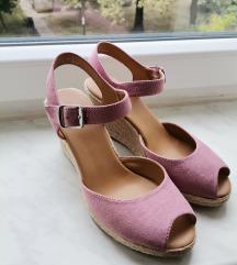 Puder sandale 37