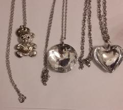 Prodajem dugačke ogrlice 5kom 50 kn