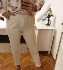 Bershka hlače SNIŽENJE💥💥💥