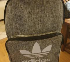 Adidas ruksak NOVO