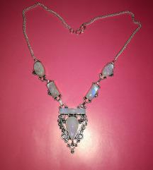 Vintage ogrlica s mjesečevim kamenom
