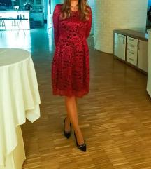 Crvena čipkasta haljina