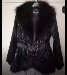 Zenska jakna bunda