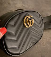 Gucci Marmont Belt bag crna