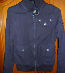 crna pamučna jakna za jesen C&A vel. 36