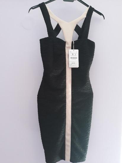 Crna bershka haljina