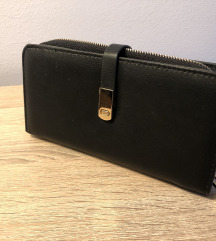 Prekrasan crni novčanik