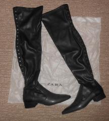 Zara overknee crne čizme, Tisak uključen