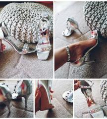 Prekrasne Mass srebrne sandale 38