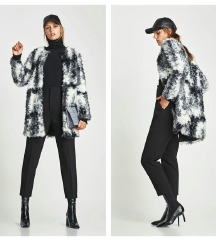 Zara faux fur kaput, vel M
