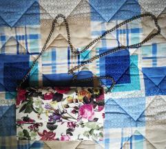 Malena torbica cvjetnog uzorka
