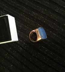 Zaks srebrni prsten s pozlatom