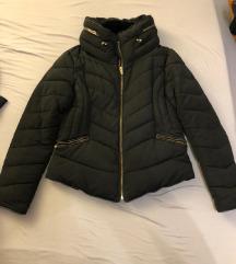 Zara crna jakna L