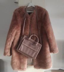 Lot za ljubiteljice roze boje :) Bunda+torba