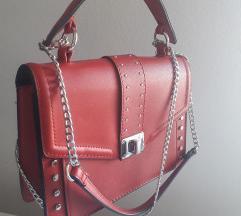 Crvena torbica (140kn)