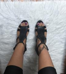 ALDO kožne sandale/ štikle sa zakovicama