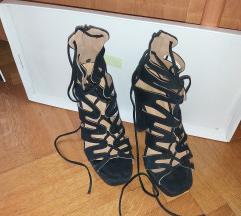 Sandale na petu / stikle