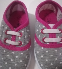 Nove tenisice za djevojčice