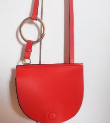 %80 kn!Zara crvena torbica