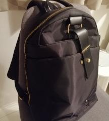 Prekrasan ruksak švicarski dizajn
