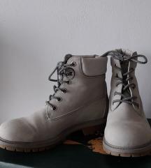Ženske zimske cipele