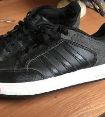 Adidas crne tenisice 38