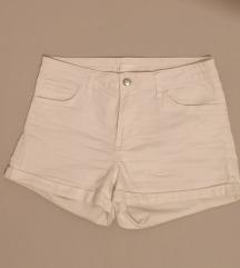 Bijele H&M kratke hlačice