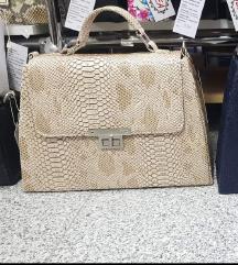 Nova torba s etiketom