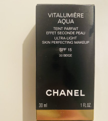 Chanel Vitalumiere Aqua Beige 30