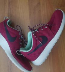Nike roshe run tenisice